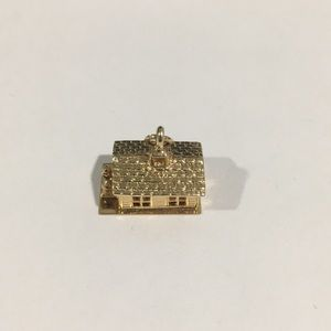 Jewelry - 14k Yellow Gold House 🏡 Charm